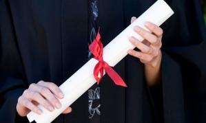 A-graduate-close-up-007