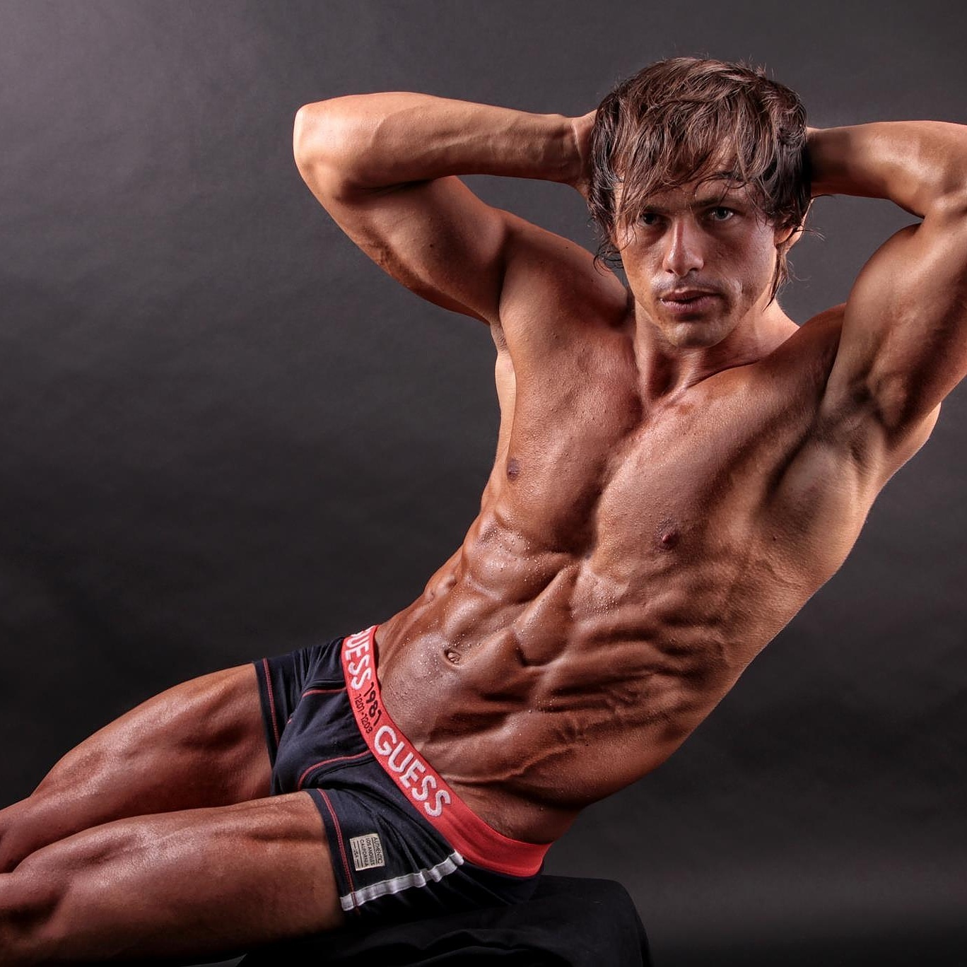 The Art Of Shaping Your Own Body As Installation Aesthetics Of The Fitness Model Ulrichdebalbian